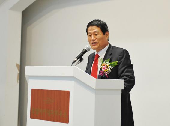박덕은교수 축사3-1.jpg